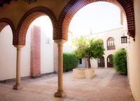 Panorámica del patio interior del Convento de Santa Clara